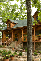 Exterior, vertical, front elevation detail, Alderson residence, Clinton, Arkansas, Honest Abe Log Homes