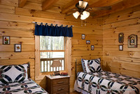 Interior, horizontal, twin guest room, Gilchrist residence, Monterey, Tennessee, Honest Abe Log Homes